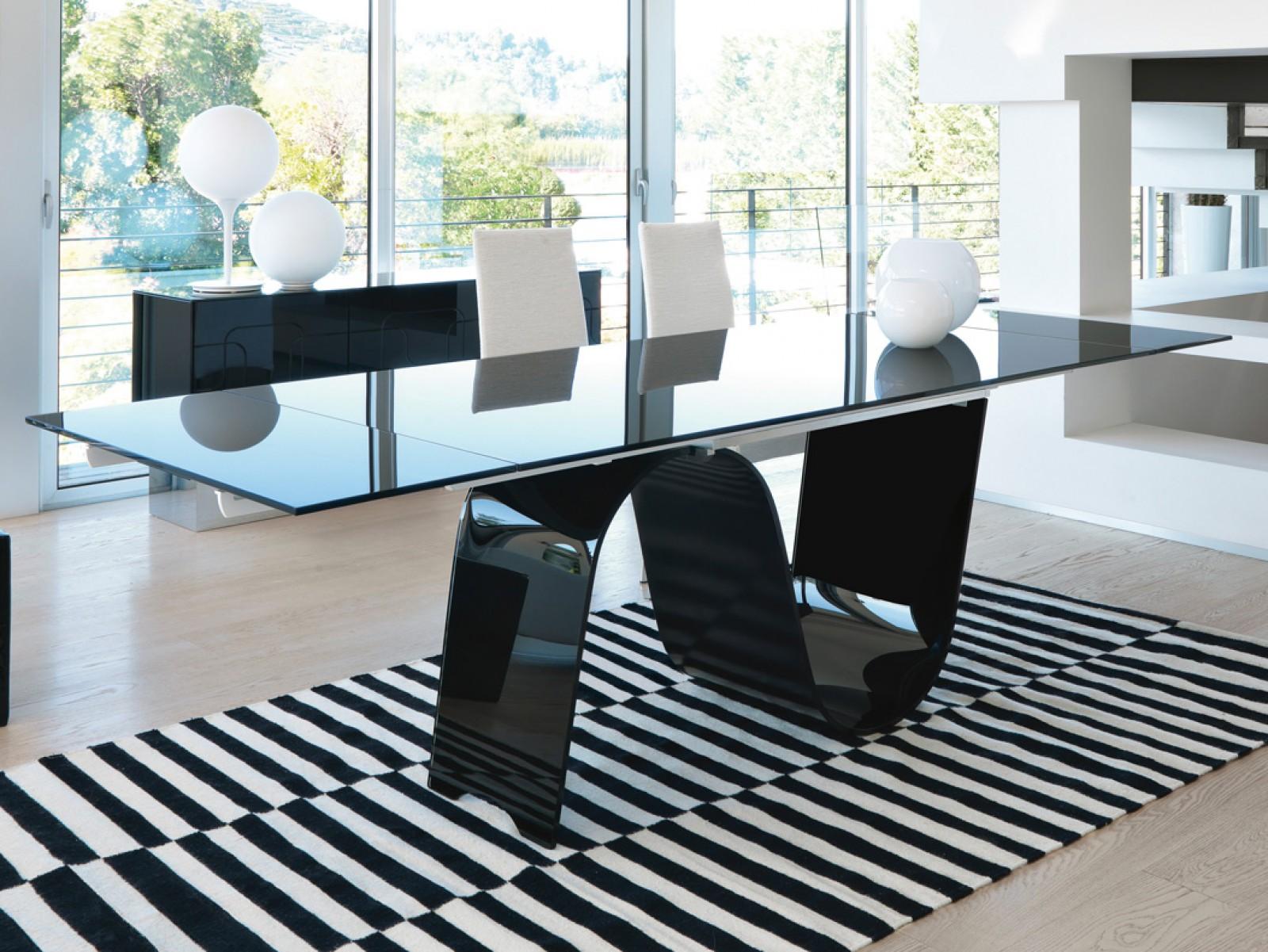 Proposte d 39 arredo complementi tavolo rettangolare for Tavolo nero allungabile