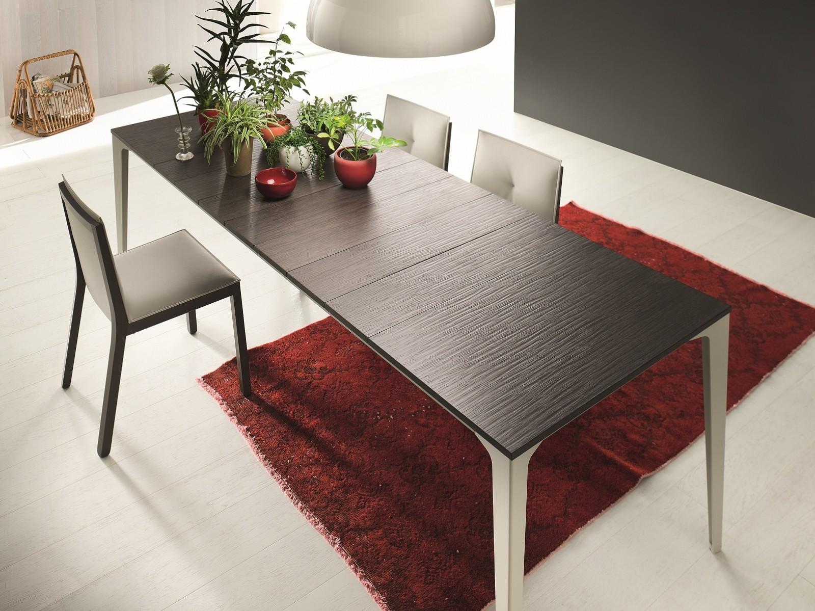 Proposte d 39 arredo complementi tavolo jag in legno di for Arte arredi sciacca